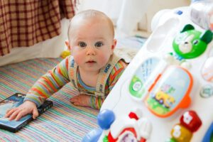 עגלת תינוק בוגבו