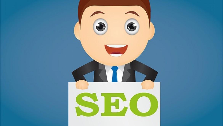 במה שונה ניהול מוניטין ברשת מקידום אתרים?