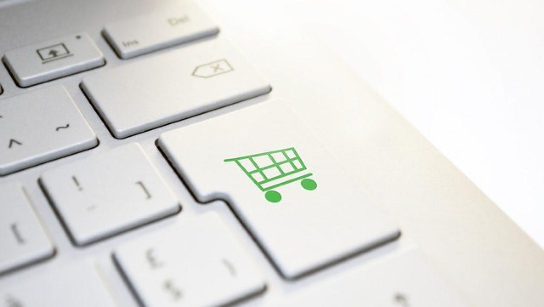 הקשר בין טכנולוגיה לבין מכירות באינטרנט
